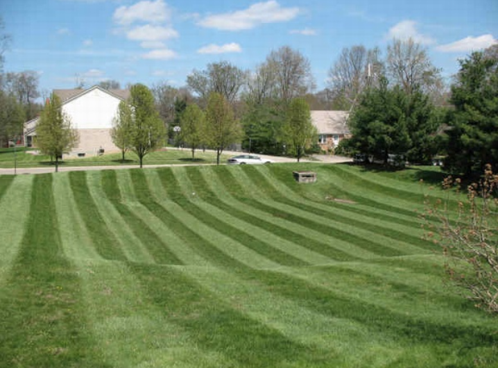 Landscape Garden with Lawn Maintenance picture in Andover, NJ